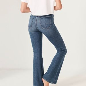 Abercrombie & Fitch high rise jean size 28 long